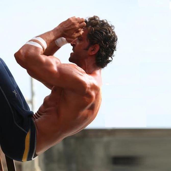 Hrithik Roshan Workout- Core