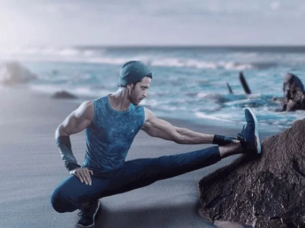 Hrithik Roshan Workout - Legs