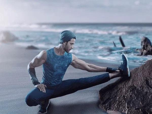 Hrithik Roshan Workout - Legs